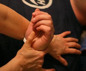 A Shiatsu massage underway